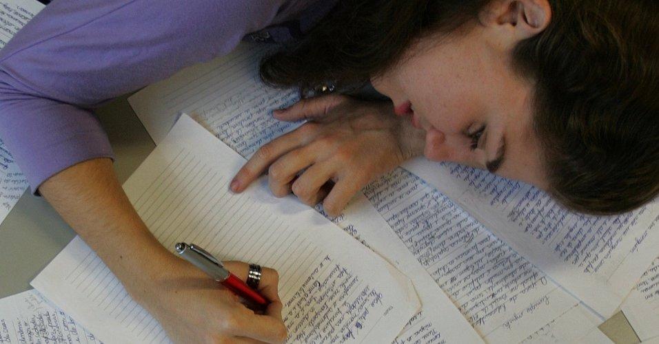 Guia de estudos: aprenda a fazer uma boa redação em dez passos